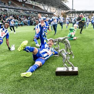 HJK vann fotbollsligan 2017 med 20 poängs marginal.