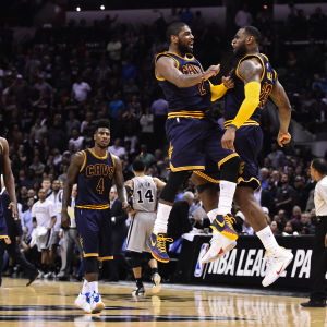 Kyrie Irving och LeBron James
