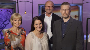 Sari Valton vieraina ovat terapeutti Tommy Hellsten, psykologi Ilona Rauhala sekä lääkäri Erkki Perämäki.