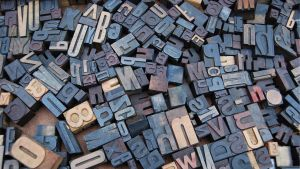 Stämplar med bokstäber och siffror