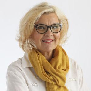 Marja Pentikäinen on kansainvälisen suojelun ja integraation toimialajohtaja Diakonissalaitoksella.