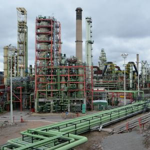 nestes oljeraffinaderi i sköldvik i borgå 18.04.16