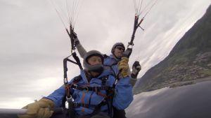 Tom Nylund paraglider.