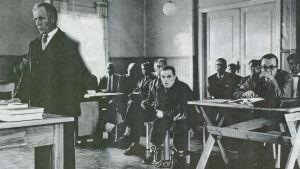 Tulilahden surmista syytetty Runar Holmström käräjäoikeudessa