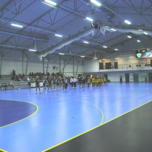 Lagen presenteras inför premiärmatchen mellan SIF och Sparta.