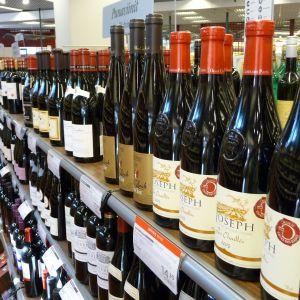 Vinflaskor hos Alko