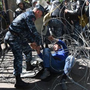 Protester i Jerevan 16.4.2018.