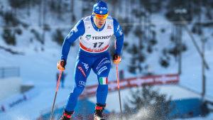 Federico Pellegrino åker skidor.
