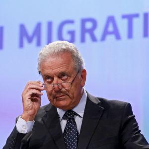 EU:s migrationskommissionär Dimitris Avramopoulos.