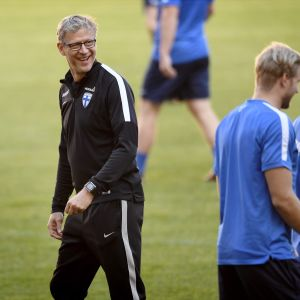 Markku Kanerva, Finlands chefstränare i fotboll