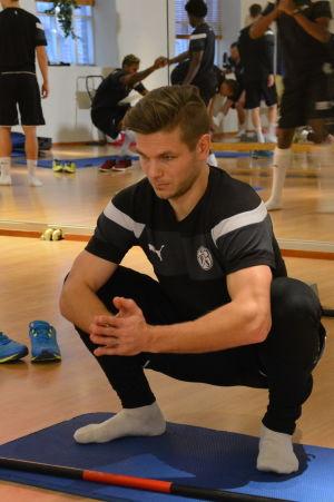 Sebastian Strandvall laddar för ny säsong med VPS.