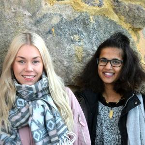 Porträttbild på Anette Lundell och Tika Sevon-Liljegren.