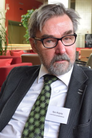 De far in tusen pers med slipsar