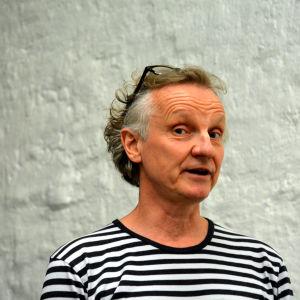 Regissör Jukka Aaltonen.