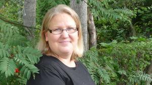 Monica Björkell-Ruhl berättar om sin väg från utbrändhet och om sin son Mikael som har en unik kromosonavvikelse