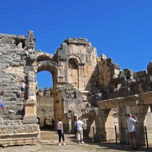 Ruiner av den antika grekiska staden Myra i den turkiska staden Demre.