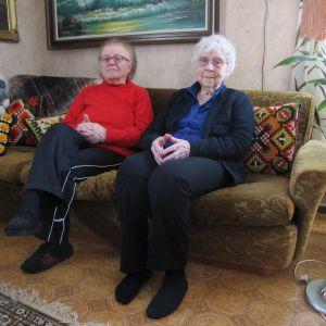 Rose Marie Saxberg och Sally Herrgård