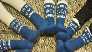 Suomi 100 villasukkia