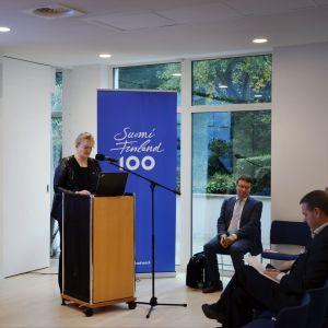 Social- och hälsovårdsminister Pirkko Mattila lobbar för att Finland ska bli hem till det europeiska läkemedelsverket EMA.