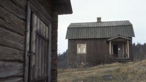 I den här stugan i Nurmijärvi föddes Aleksis Kivi år 1834.