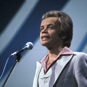 Aarno Raninen esiintymässä vuoden 1978 Euroviisukarsinnassa