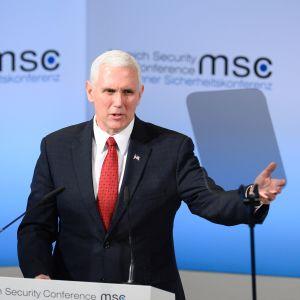 USA:s vicepresident Mike Pence på säkerhetskonferensen i München.