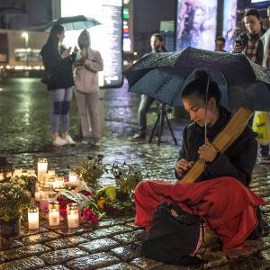 Åbo Salutorg några timmar efter terrordådet.