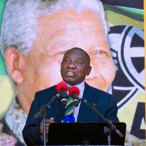 Cyril Ramaphosa talar till anhängare 11.2.2018.  Han väntas bli Sydafrikas nästa president.