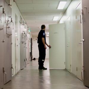 Häktet på polisstationen i Ekenäs
