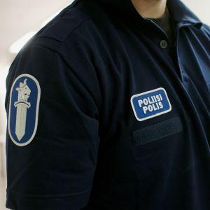 Polis i uniform