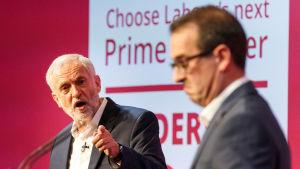 Corbyn och Smith i partiledarduell