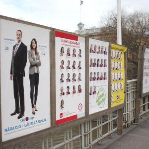 Valaffischer i Åbo inför riksdagsvalet 2015