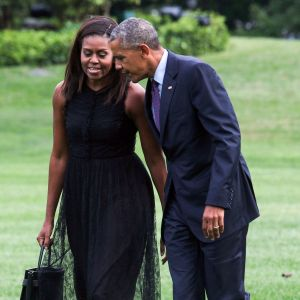 Michelle och Barack Obama utanför Vita huset i september 2016.