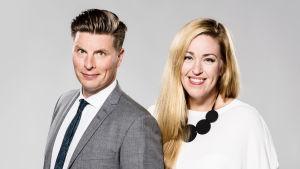 Juontajina A-teemassa jatkavat tutut kasvot Annika Damström ja Markus Liimatainen.