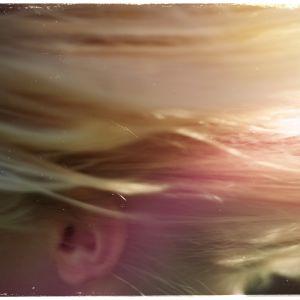 Kuvituskuva: vaaleat hiukset.