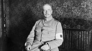 Generalmajor G. Theslöf, Sveaborgs kommendant 19.4.1918.