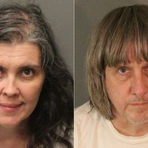Föräldraparet Louise Anna Turpin, 49 och David Allen Turpin, 57, i bilder offentliggjorda av Riverside County Sheriff's Department.