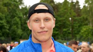 Patrik Laine under en tennisturnering i Helsingfors.