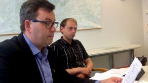 Personalchef Johan Nylund och stadsstyrelsens ordförande Anders Walls (SFP) vid Raseborgs stad.