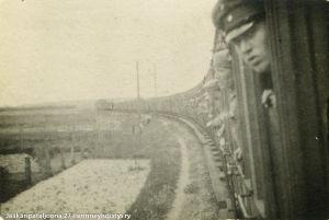 Suomalaisjääkärit Saksassa, matkalla rintamalle (1916/1917).