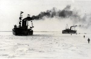Jääkärien pääjoukko palasi Suomeen 25.2. 1918, höyrylaivat Arcturus ja Castor