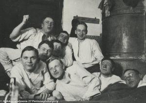 Vapaa-ajanviettoa Libaussa (1916).