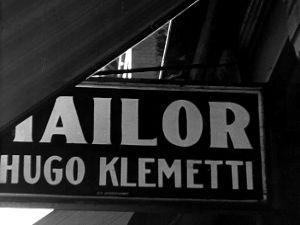 Vaatturi Hugo Klemetin kyltti (1947).