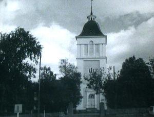 Laihian kirkko piti rakentaa kivestä, mutta päädyttiin rakentamaan halvemmasta puusta.