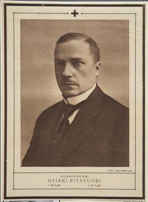 Sisäministeri Heikki Ritavuori