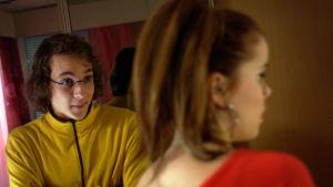 Hemmo ja Iina (Lasse Poser ja Sara Melleri) Rakastuin mä luuseriin -sarjassa