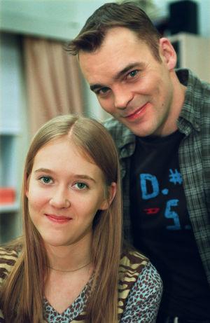 Ninni (Elina Erra) ja Teemu Luotola (Ville Keskilä) vuonna 2001.