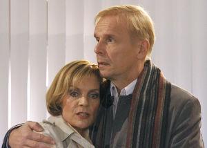 Eeva ja Pertti Mäkimaa (Lena Meriläinen ja Jukka Puotila) vuonna 2012.