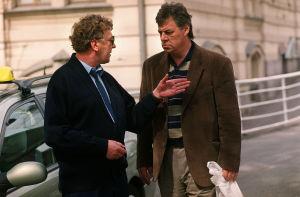 Onni Partanen (Sulevi Peltola) ja Mauri Alho (Aake Kalliala) vuonna 2000.