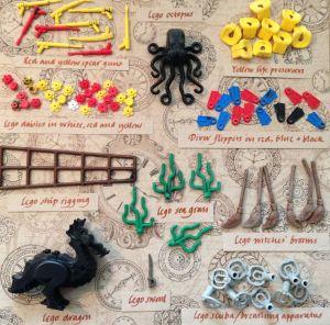 En bild med olika typer av Lego, till exempel flytvästar, blommor, sjögräs och en svart drake.